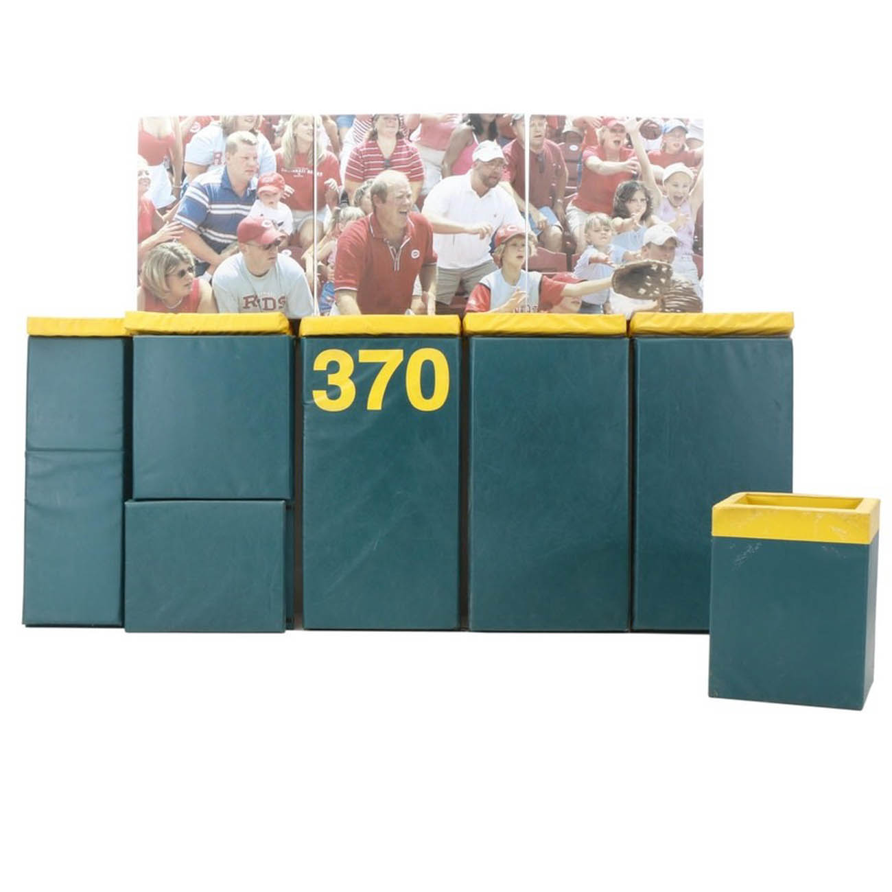 "This fan interaction display was one of the features in the Cincinnati Reds Hall of Fame. This display gave a museum visitor the chance to hold a glove and pretend to catch a long fly ball ""at the fence"". / Image courtesy of Everything But The House (EBTH) // Published: 12.6.18"