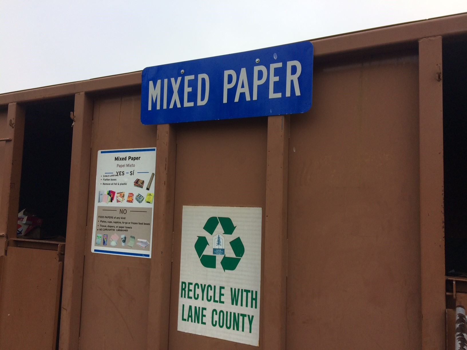 Lane County, home of Oregon's second most-populous city, recycled 258,370 tons of material, compared to the 258,041 tons sent to the landfill. Marion County, with Oregon's third most-populous city, was right behind at 49.4 percent. (SBG)