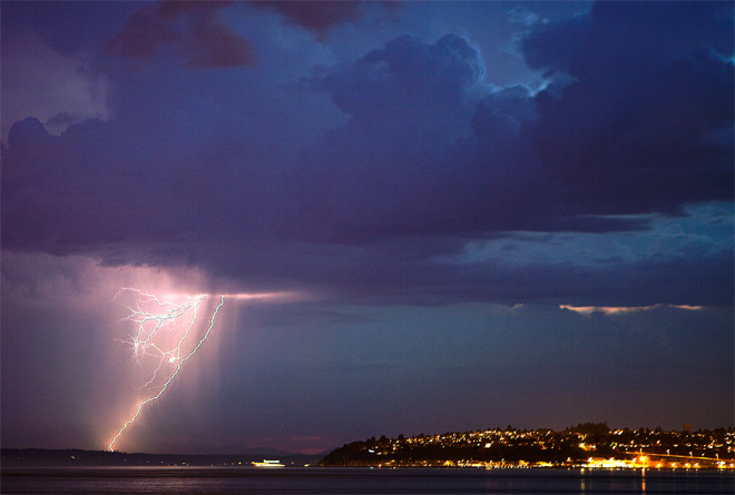 Lightning just west of Seattle. (YouNews contributor: skypilot)