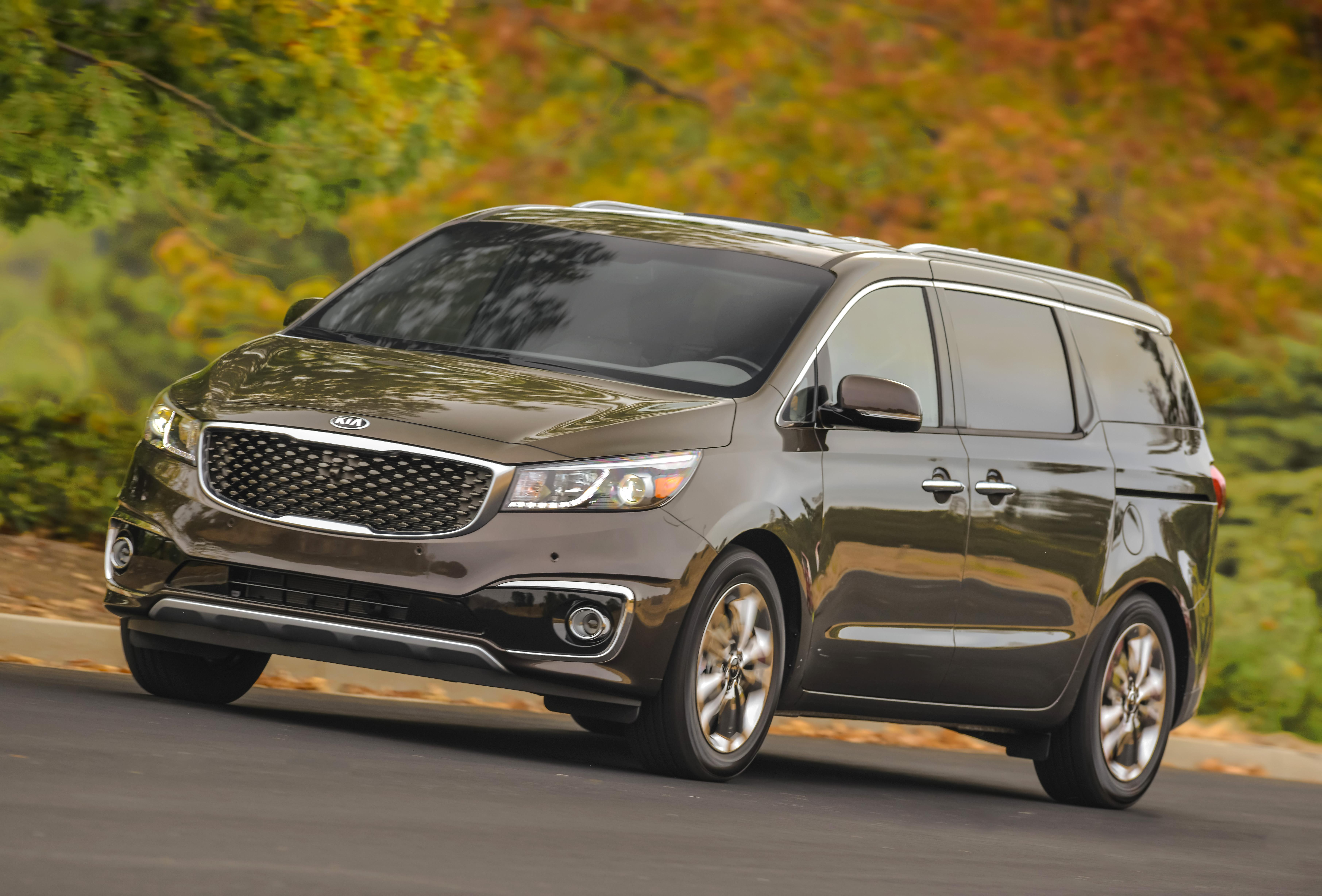dvd tag player car review with package fuse kia image into sedona two the steps used strikes of