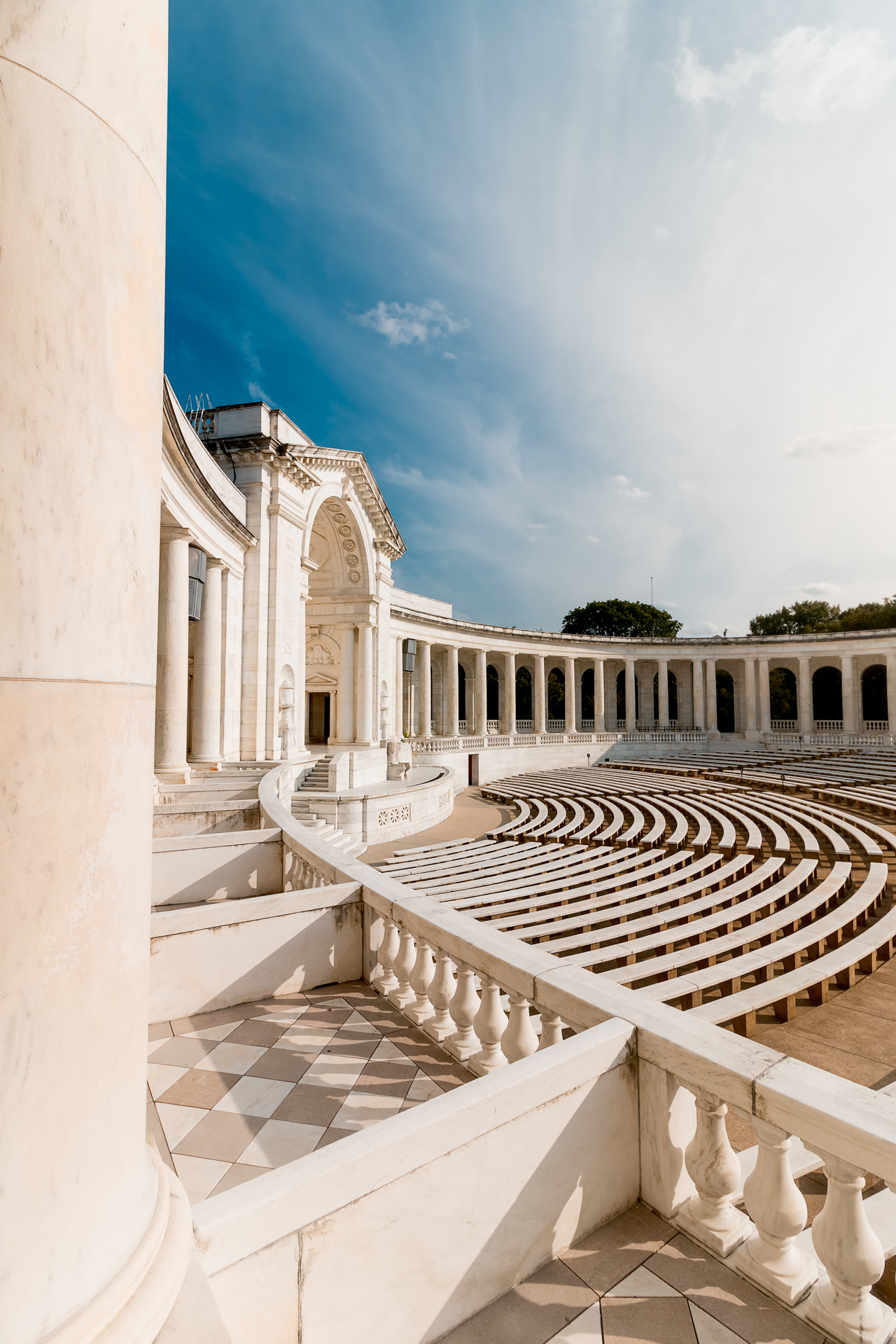Memorial Amphitheater – Arlington cemetery's amphitheater basking in the sunlight{&nbsp;}(Image: Zack Lewkowicz)<p></p>