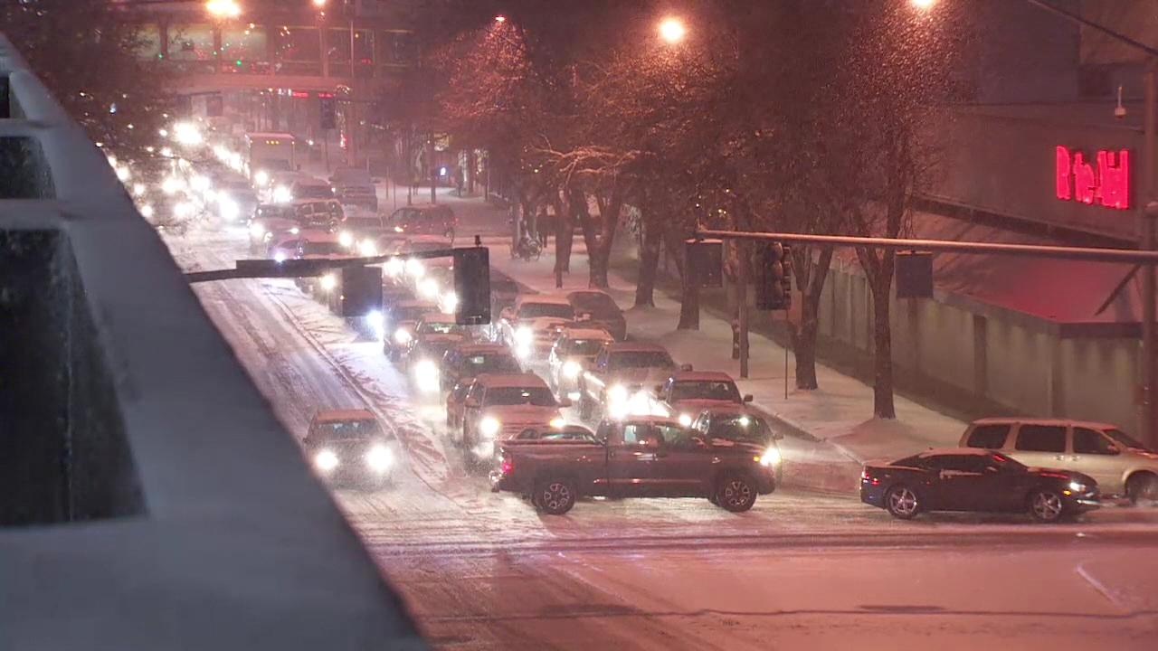 Snow in Salem, Oregon snarls traffic during a snowstorm on Wednesday, Dec. 14, 2016. (KATU Photo)