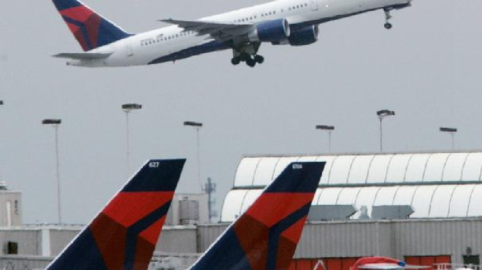 Delta airlines baggage handler charged with smuggling guns into ...