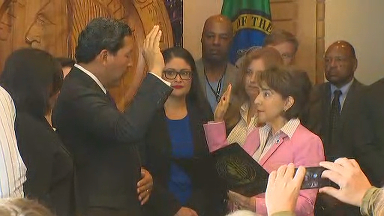 "Seattle City Council President Bruce Harrell was sworn in as Seattle mayor Wednesday afternoon following<a href=""http://komonews.com/news/local/seattle-times-mayor-murrays-cousin-accuses-him-of-sexual-abuse"" target=""_blank""> Ed Murray's resignation Tuesday. </a> (Photo: KOMO News)"