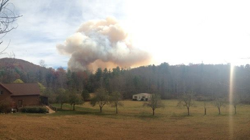 Party Rock Fire Approaches Bat Cave Community Residents