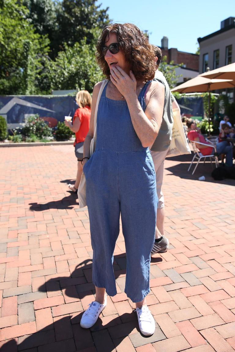 Trish Sheean shows us how to rock an incredibly versatile jumpsuit. (Amanda Andrade-Rhoades/DC Refined)