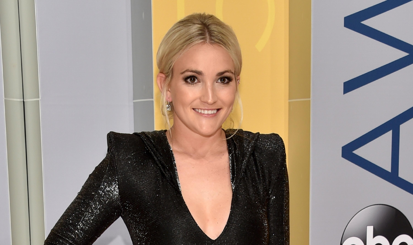 Jamie Lynn Spears arrives at the 50th annual CMA Awards at the Bridgestone Arena on Wednesday, Nov. 2, 2016, in Nashville, Tenn. (Photo by Evan Agostini/Invision/AP)