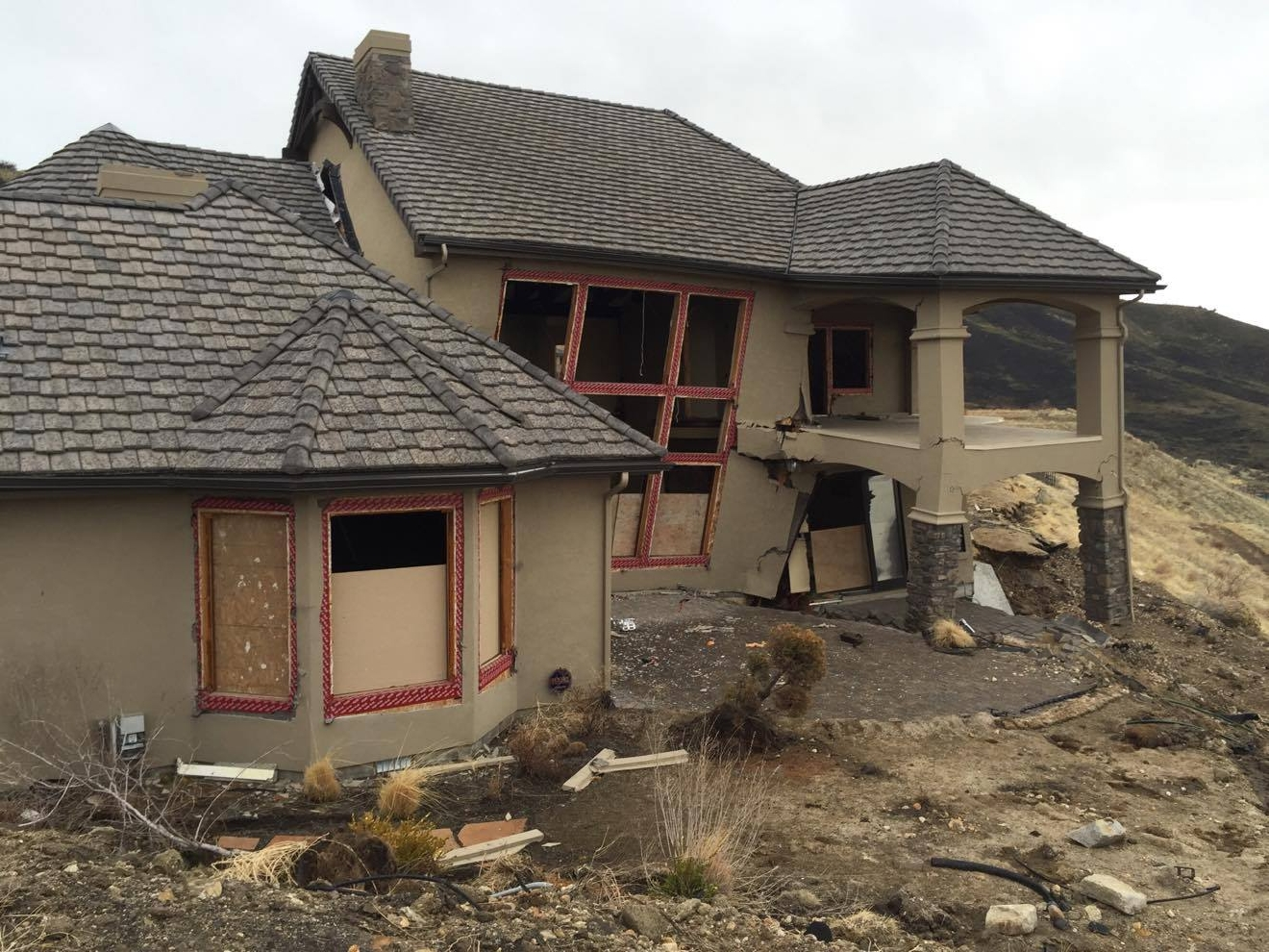Sliding homes in the boise foothills aren 39 t holding up in for Local house builders