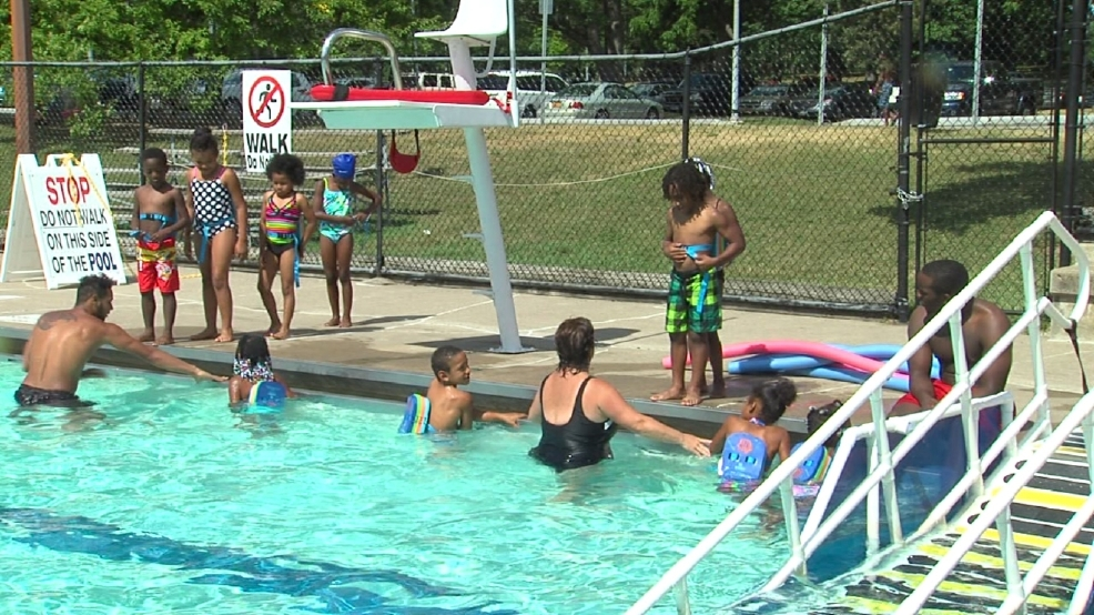 Kids learn to swim at Genesee Valley Park pool | WHAM