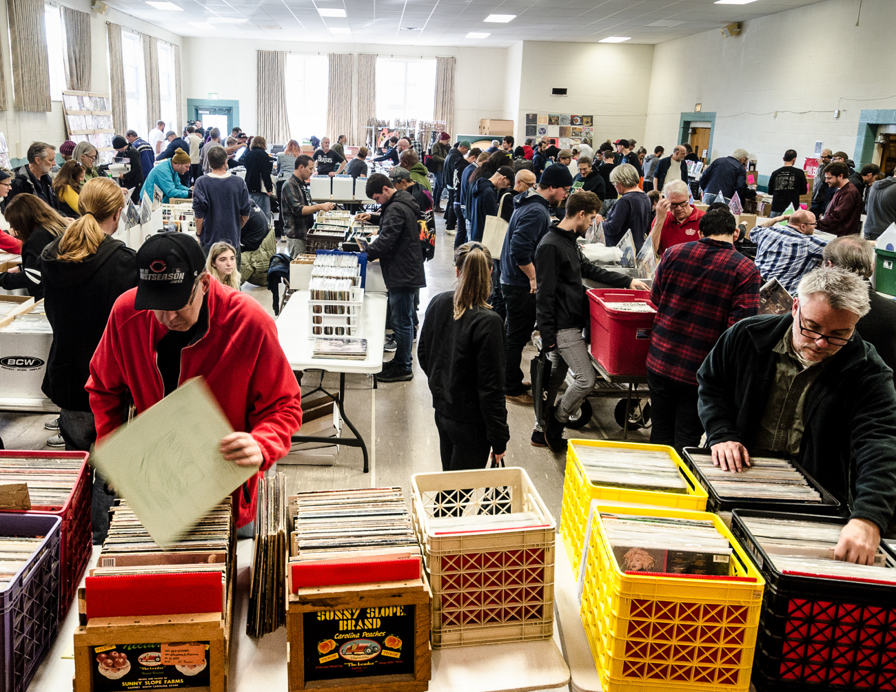The Northside Record Fair was held on Saturday, November 2. Both local and non-local vendors gathered at North Church in Northside to set up and sell their collections of physical music media: vinyl records, tapes, and CDs. Music lovers had the chance to score rare finds they likely wouldn't find anywhere else offline. In addition to music, music-related merchandise was also for sale. The fair was sponsored by Torn Light, Shake It Records, and Discogs. / Image: Kellie Coleman // Published: 11.3.19