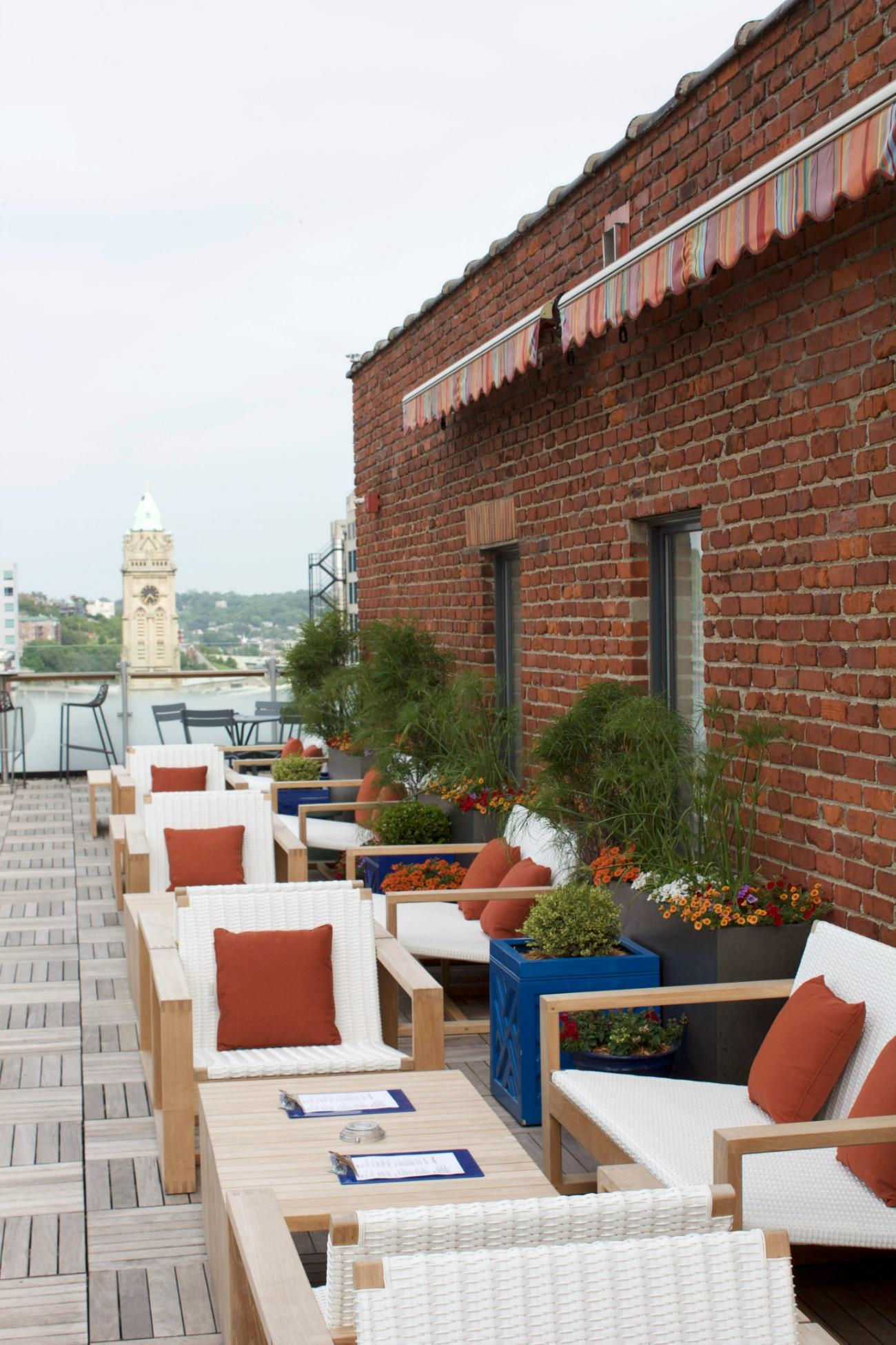 Cocktail Terrace is located at 609 Walnut Street (45202). This bar, located on the 11th floor of the 21C Museum Hotel, is laid back and relaxed with a L-shaped rooftop accessible by elevator on neighboring Gano Street below. / Image: Emily Cahill // Published: 6.7.17