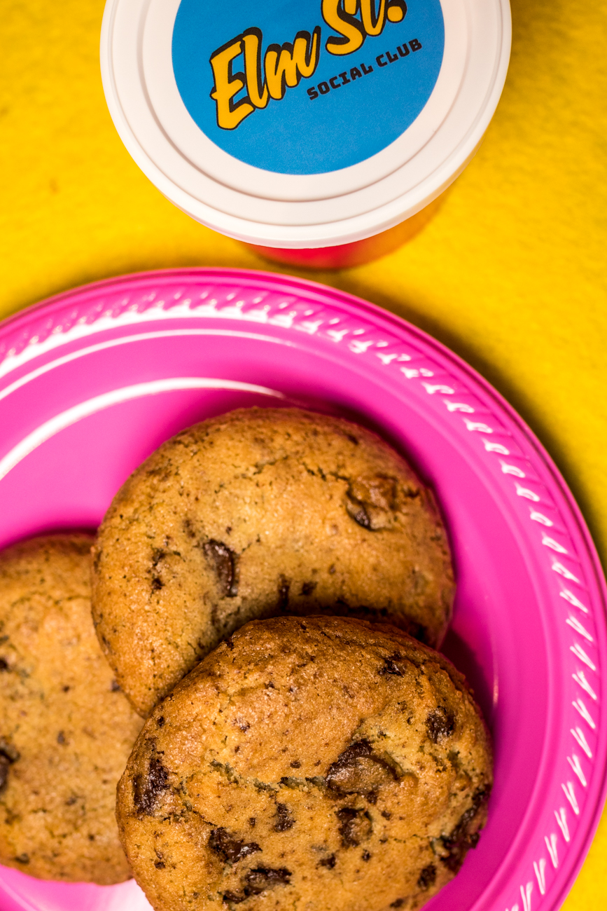 Salted chocolate chip cookies / Image: Catherine Viox // Published: 11.13.20