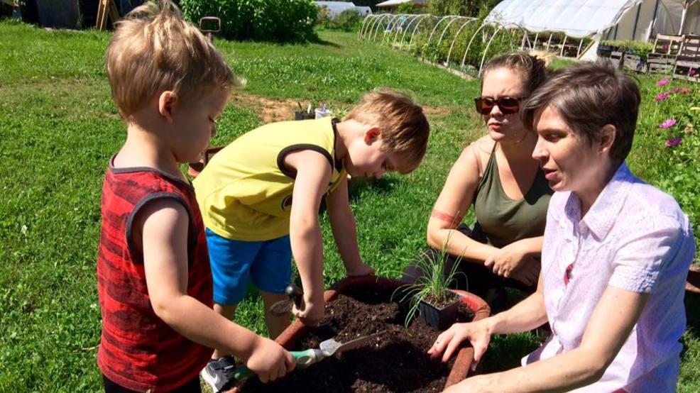 Jardinería con los niños - WTVC 1