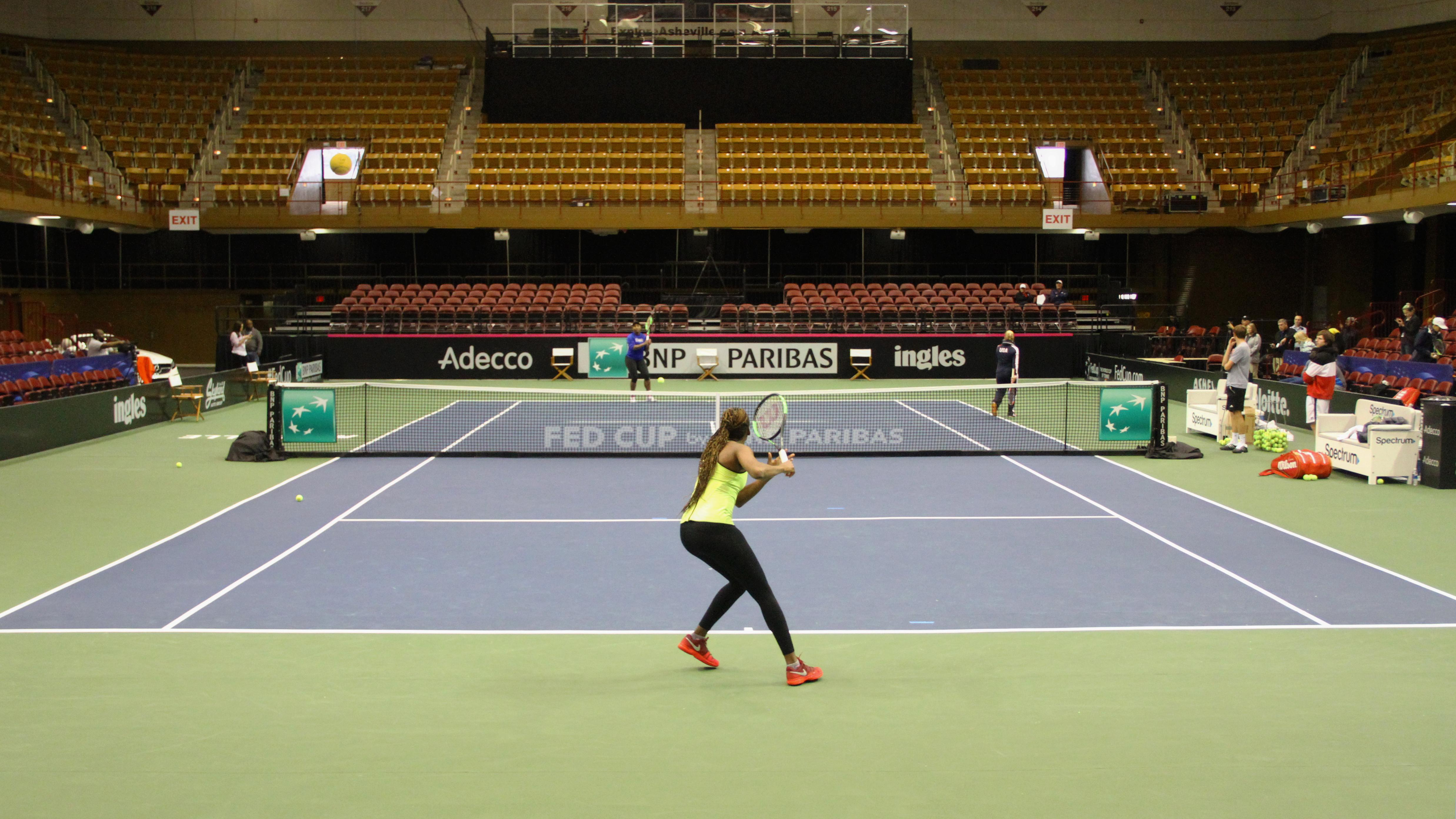 Venus and Serena Williams practice ahead of the US Fed Cup. (Photo credit: WLOS Staff)
