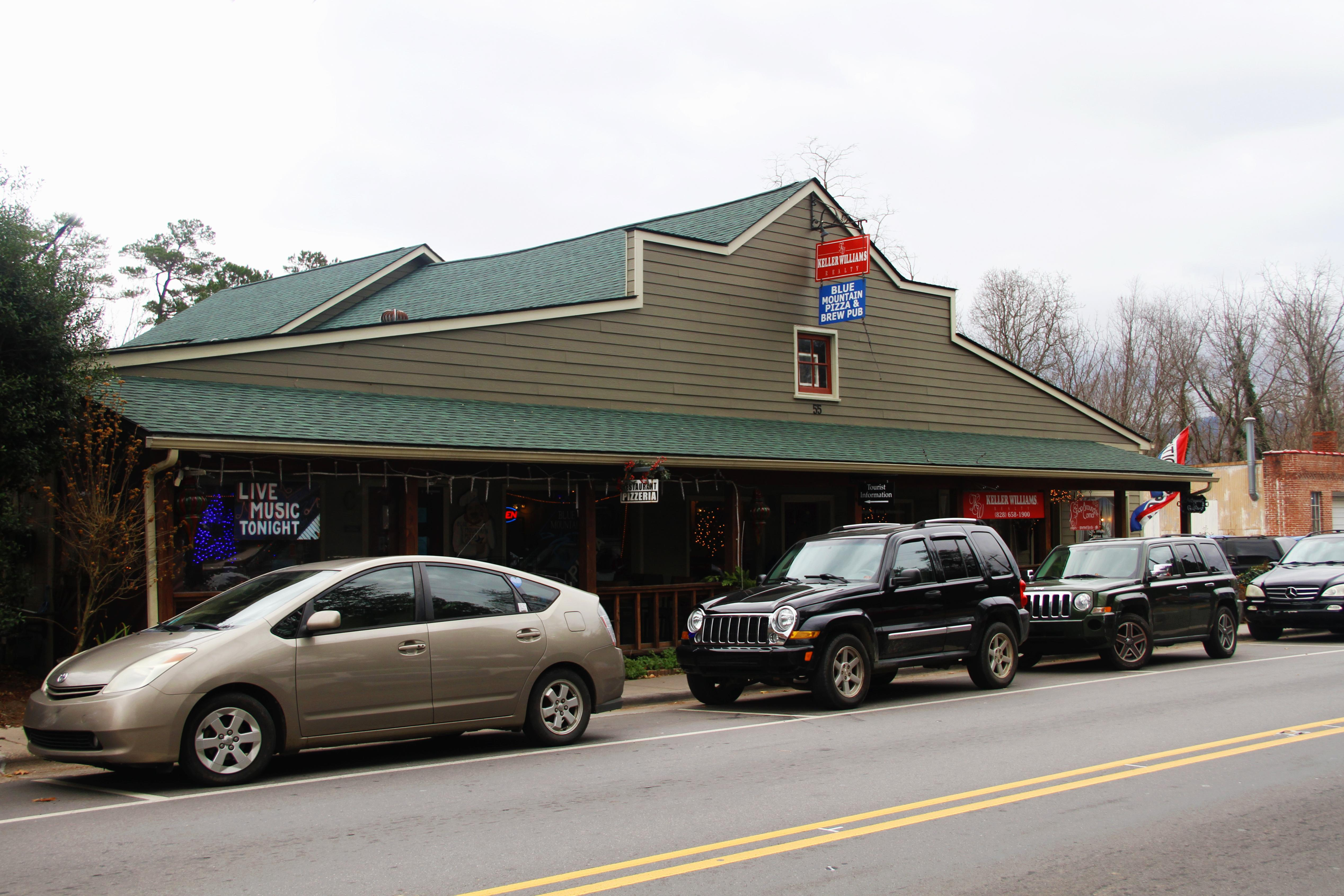 Blue Mountain Pizza in Weaverville has become an institution for many locals, and there are many reasons to love it.(Photo credit: WLOS Staff)