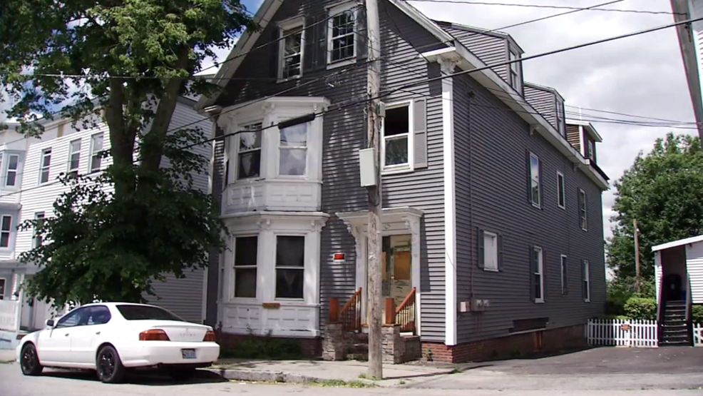 Portland condemns apartment building, forces tenants to move out | WGME