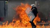 Clashes briefly break out at Greek general strike march