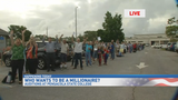 "Pensacola crowd lines up for ""Millionaire"" auditions"