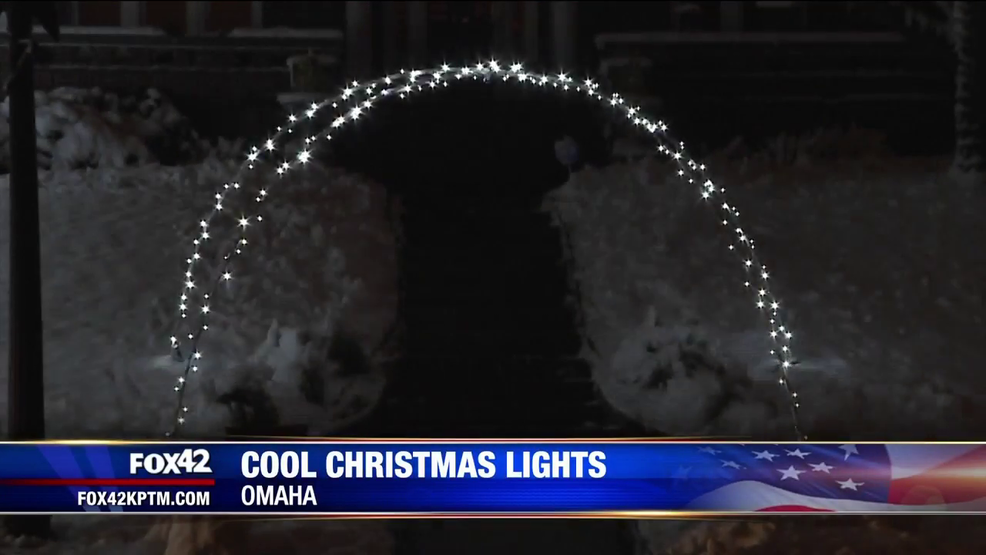 Central High senior hopes to meet rapper with Christmas lights display
