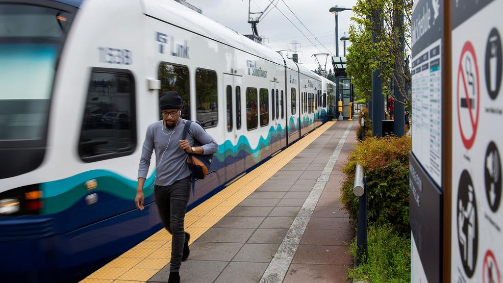Free shuttles between Capitol Hill, SoDo as light rail closes for construction
