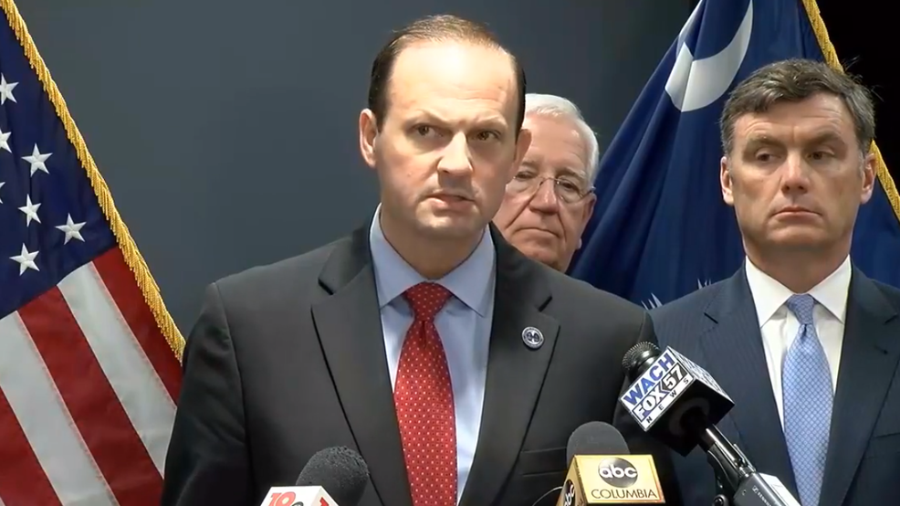 Alan Wilson, SC Attny. General, announces indictments of 17 people in prison smuggling investigation (WACH).png