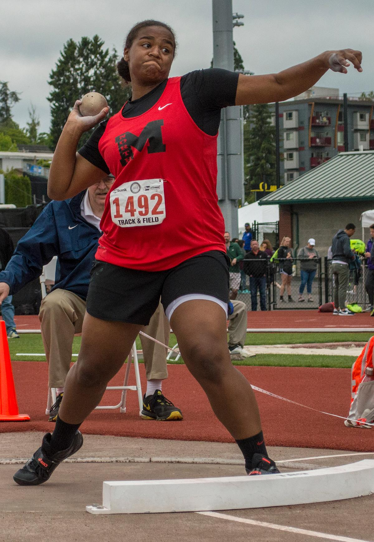 North Medford High School's Jaida Ross wins the 6A Girls Shotput event at the OSAA Track and Field Championships at Hayward Field with a mark of 43-07.75. Photo by Emily Gonzalez, Oregon News Lab.