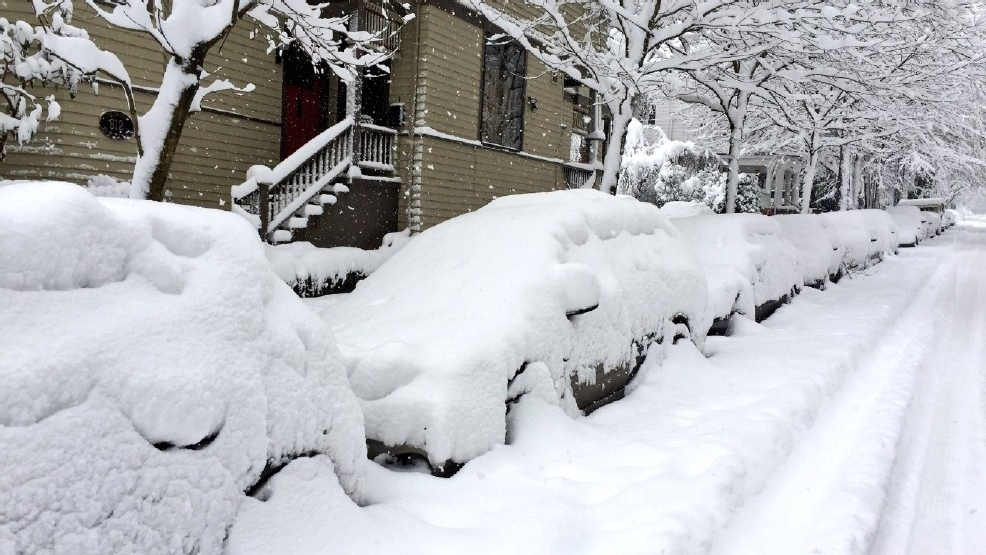 Why? Portland gets winter of the ages; Seattle gets winter of snow fans' rages