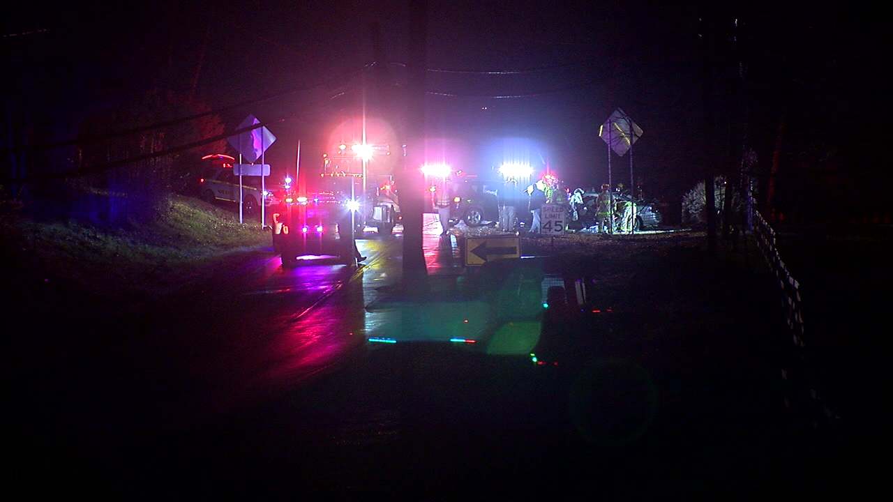 One driver killed, another was hurt in a head-on crash on US 42 (Adam Robbins, WKRC)