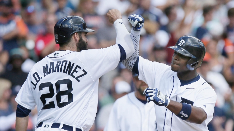 Upton Hits Pair Of 3 Run Homers Tigers Beat Red Sox