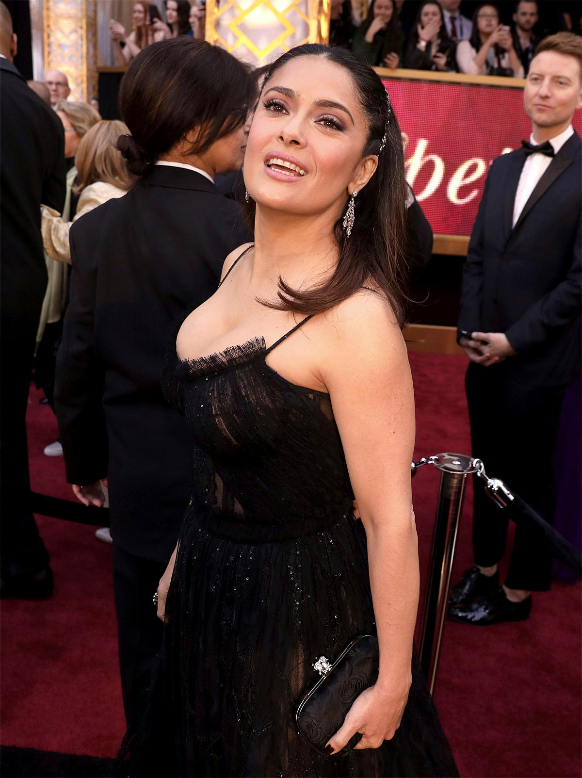 Salma Hayek arrives at the Oscars on Sunday, Feb. 26, 2017, at the Dolby Theatre in Los Angeles. (Photo by Matt Sayles/Invision/AP)