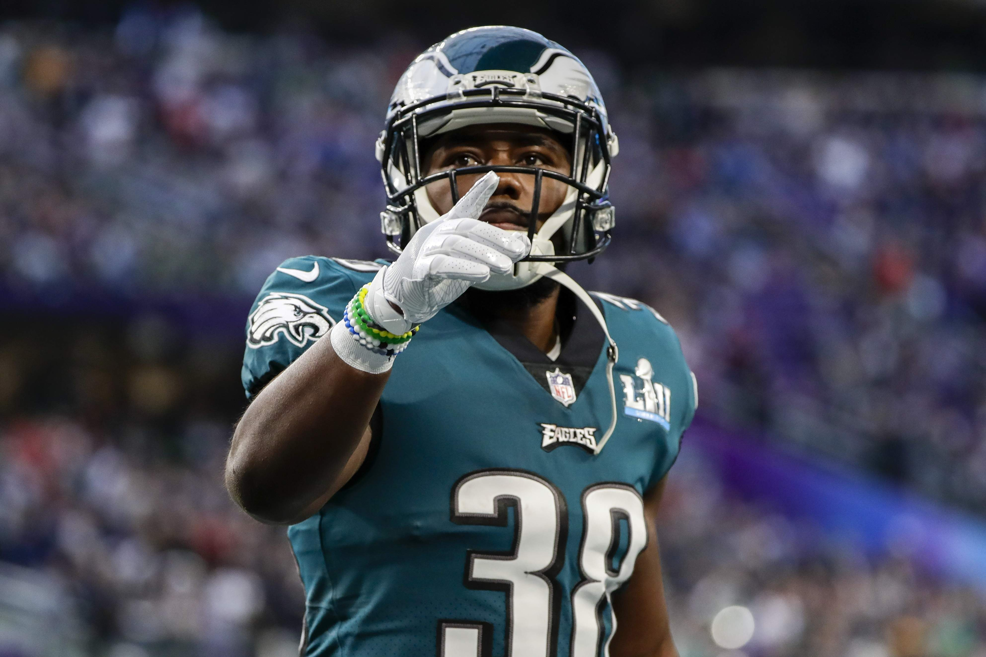 Philadelphia Eagles running back Kenjon Barner (38), warms up before the NFL Super Bowl 52 football game against the New England Patriots, Sunday, Feb. 4, 2018, in Minneapolis. (AP Photo/Frank Franklin II)