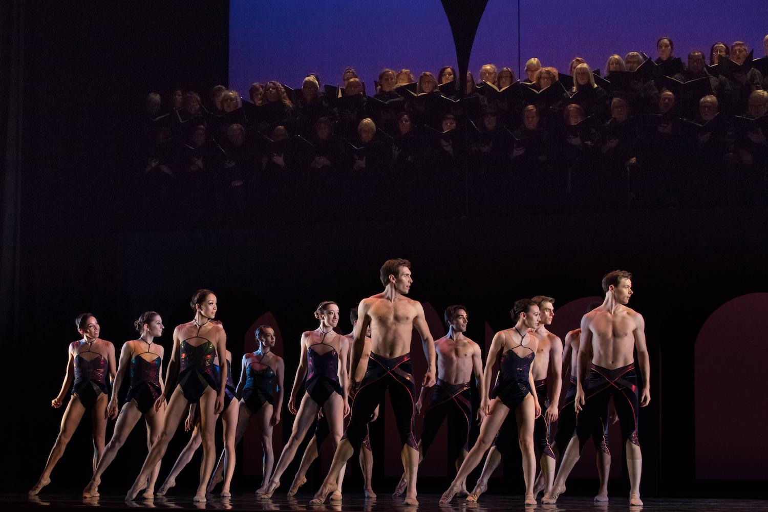 Cincinnati Ballet dancers with May Festival Chorus in Carmina Burana / Image: Peter Mueller // Published: 2.9.18