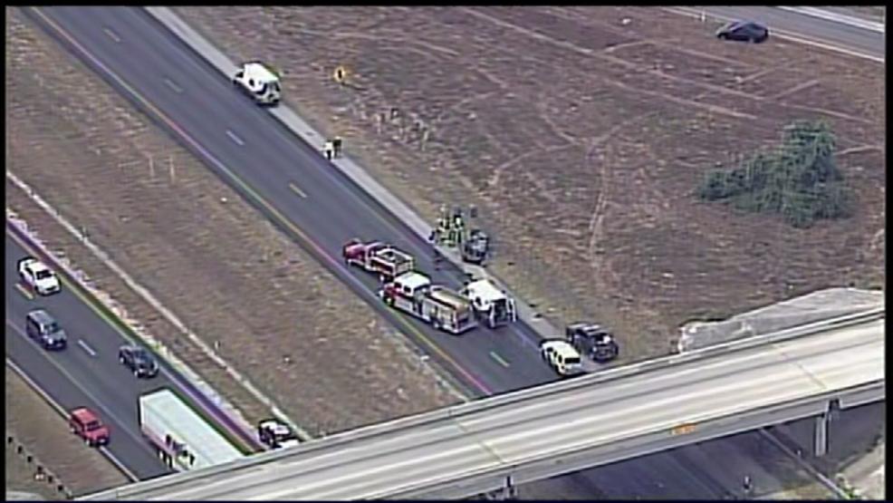 Three killed, three injured in crash on I-37 | WOAI