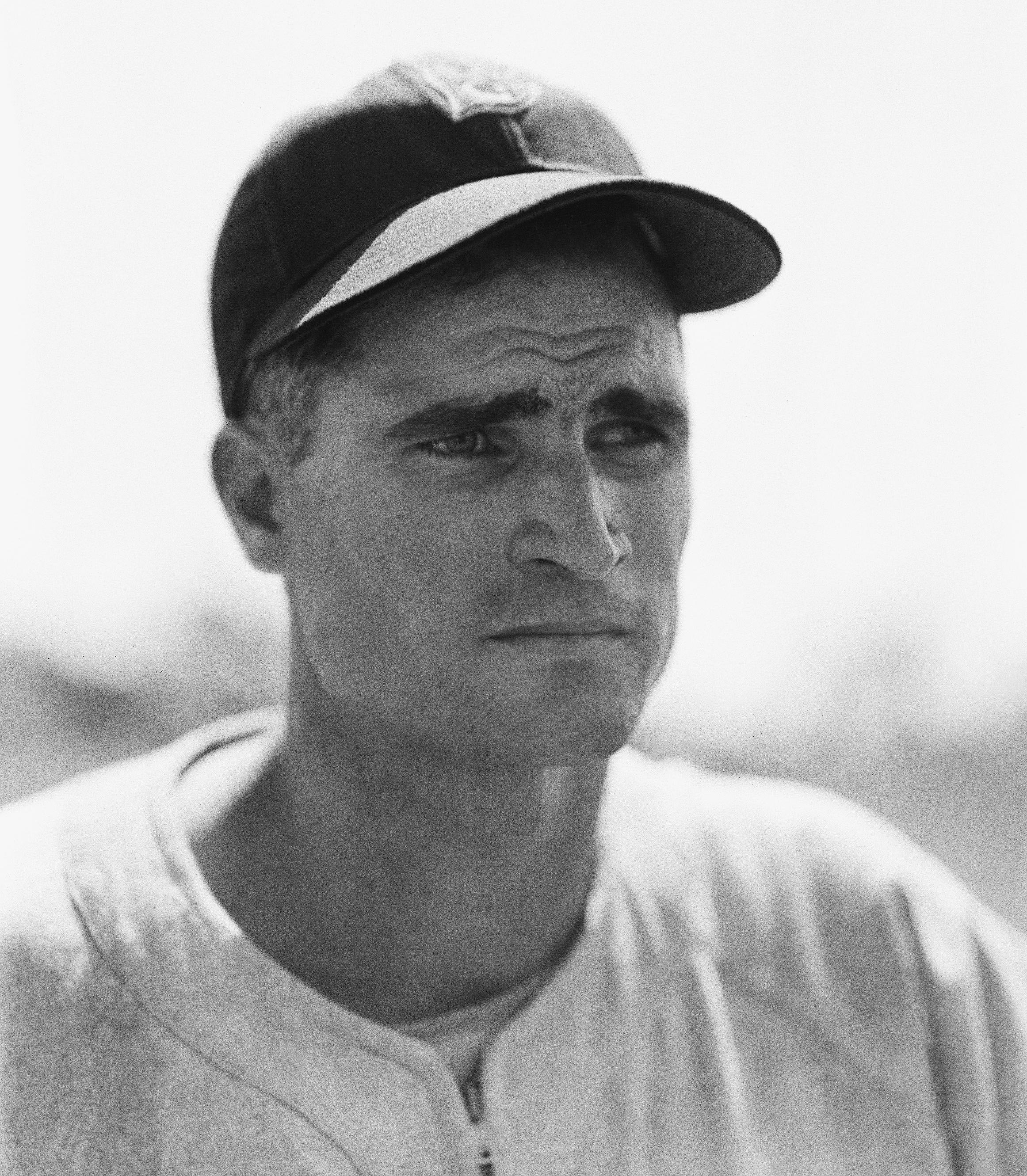 "FILE - In this April 1, 1948, file photo, Boston Red Sox infielder Bobby Doerr is shown in Boston. Doerr, a Hall of Fame second baseman who was dubbed the ""silent captain"" by longtime Red Sox teammate and life-long friend Ted Williams, has died. He was 99. (AP Photo/Bill Chaplis)"