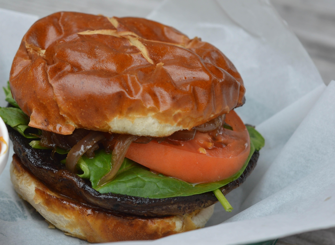 When Buns Cry: Portobello mushroom on a pretzel bun with spinach, tomato, grilled onions, and balsamic dressing / Image: Liliana Dillingham / Published: 11.12.16