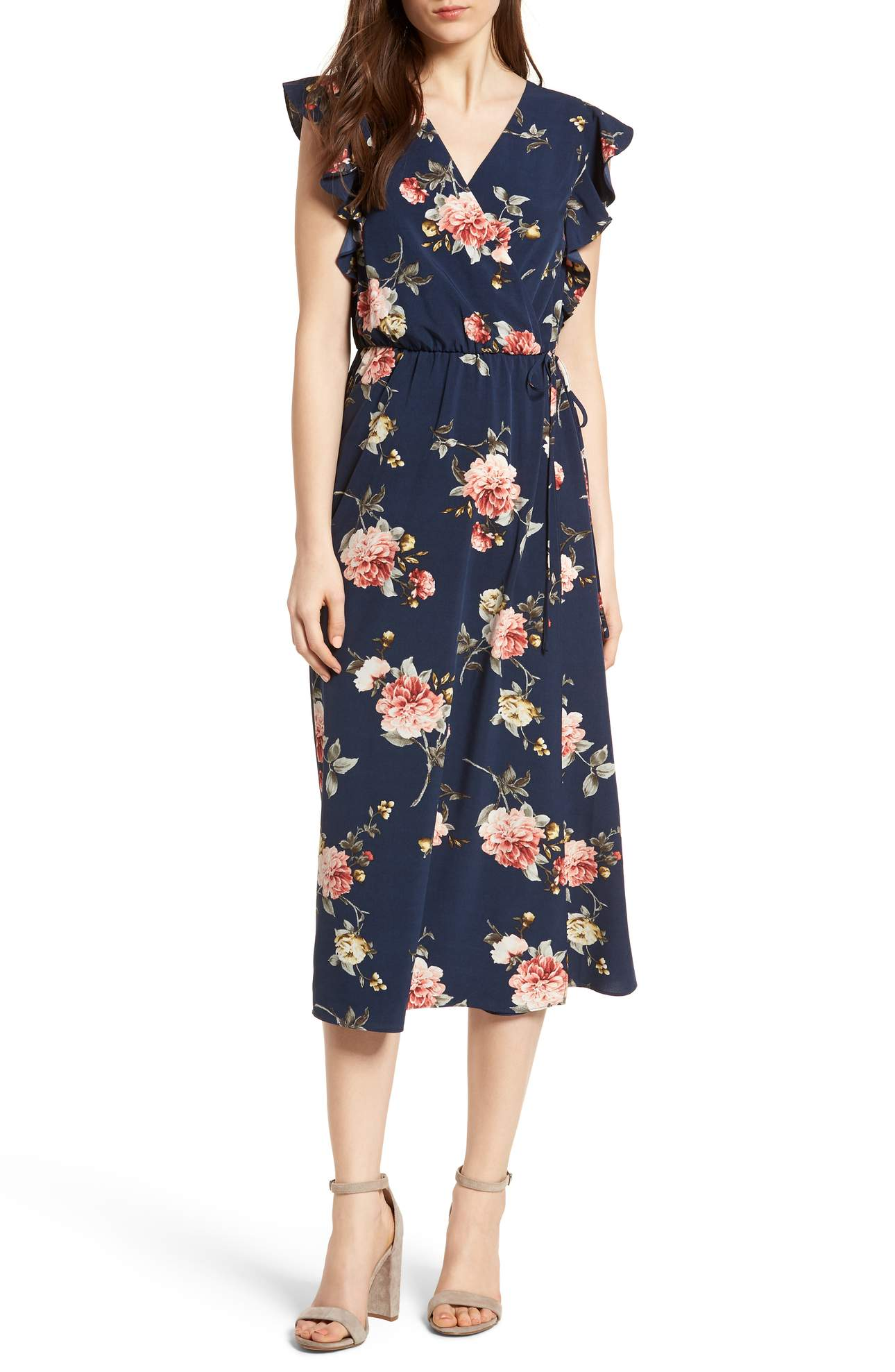 We can't have an Eater outfit roundup without a floral dress for mom. This wrap midi dress dressed up with breezy ruffles and a cheery floral print is sure to be one you'll reach for time and time again as the weather warms. It's also a super flattering cut. Price: $55 at Nordstrom. (Image: Nordstrom){ }