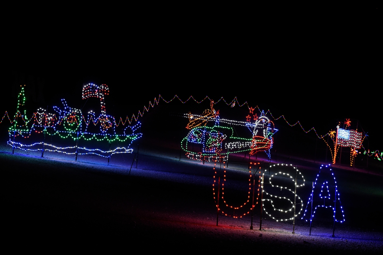 Gallery glittering lights at the las vegas motor for Glittering lights las vegas motor speedway