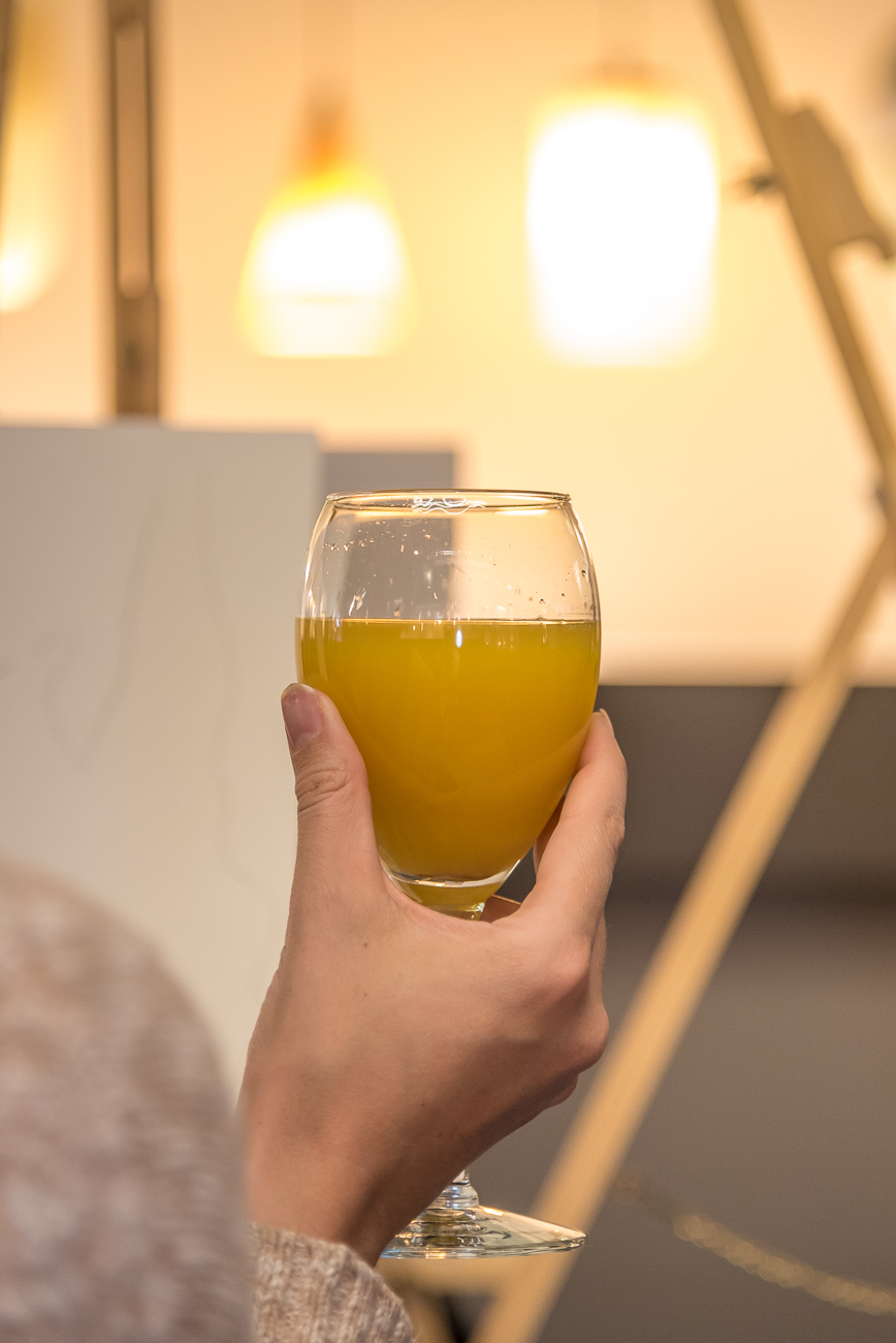 Have a mimosa or other alcoholic (or non-alcoholic) drink while you paint. / Image: Phil Armstrong, Cincinnati Refined // Published: 4.22.18
