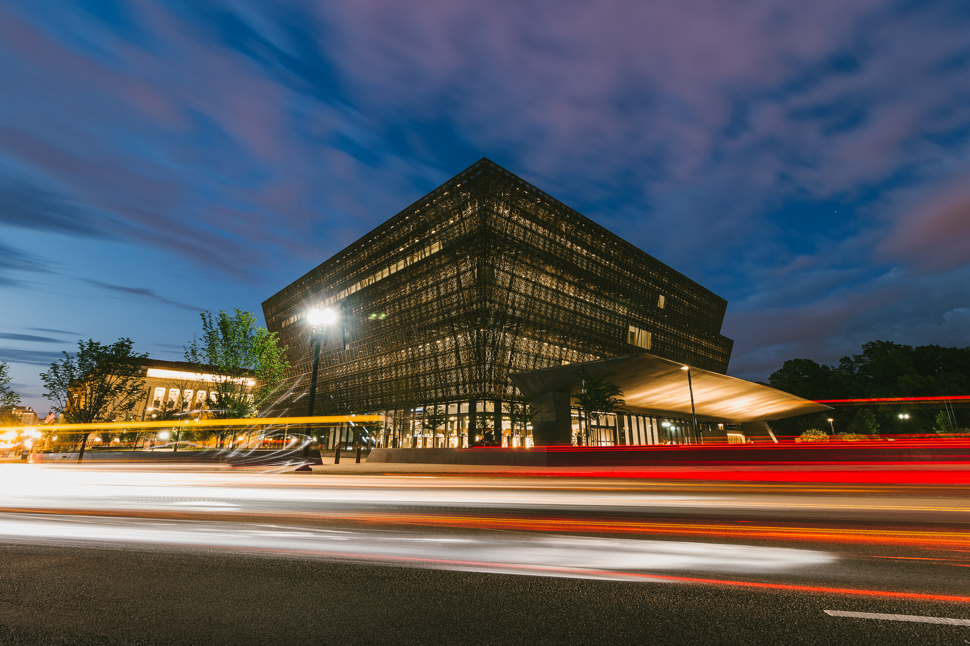 Triple Crown – Night time long exposure taken at the NMAAHC {&amp;nbsp;}(Image: Zack Lewkowicz)<p></p>