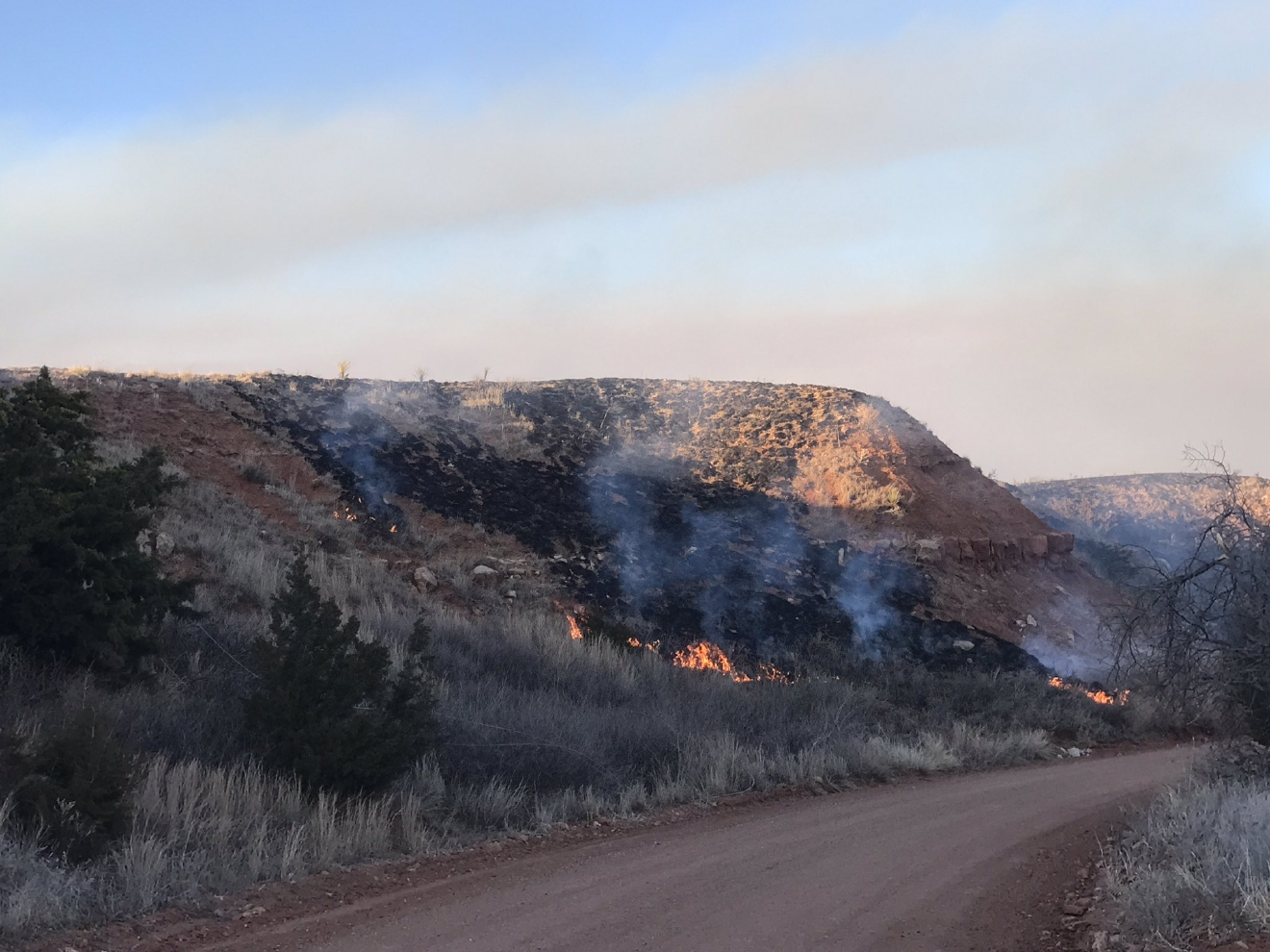 A grass fire burns March 7 in Harper County. (KOKH/Jordann Lucero)