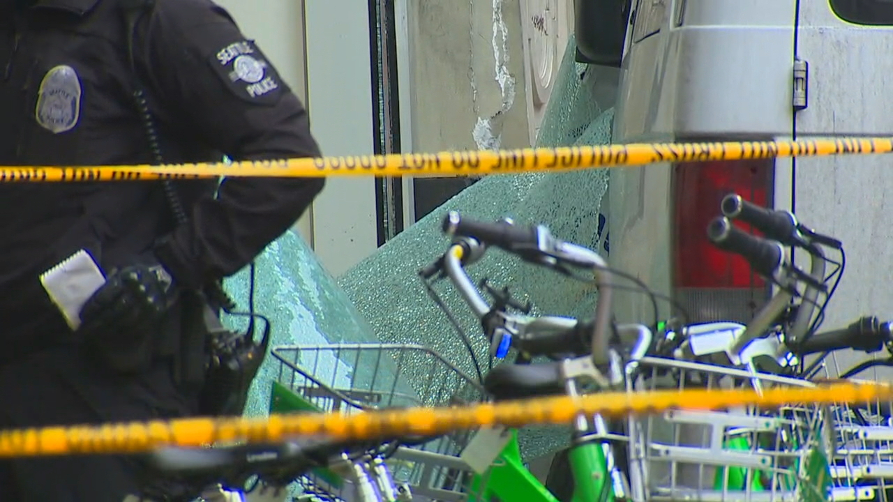 A van has crashed into the front of the Gap store in Downtown Seattle (Photo: KOMO News)
