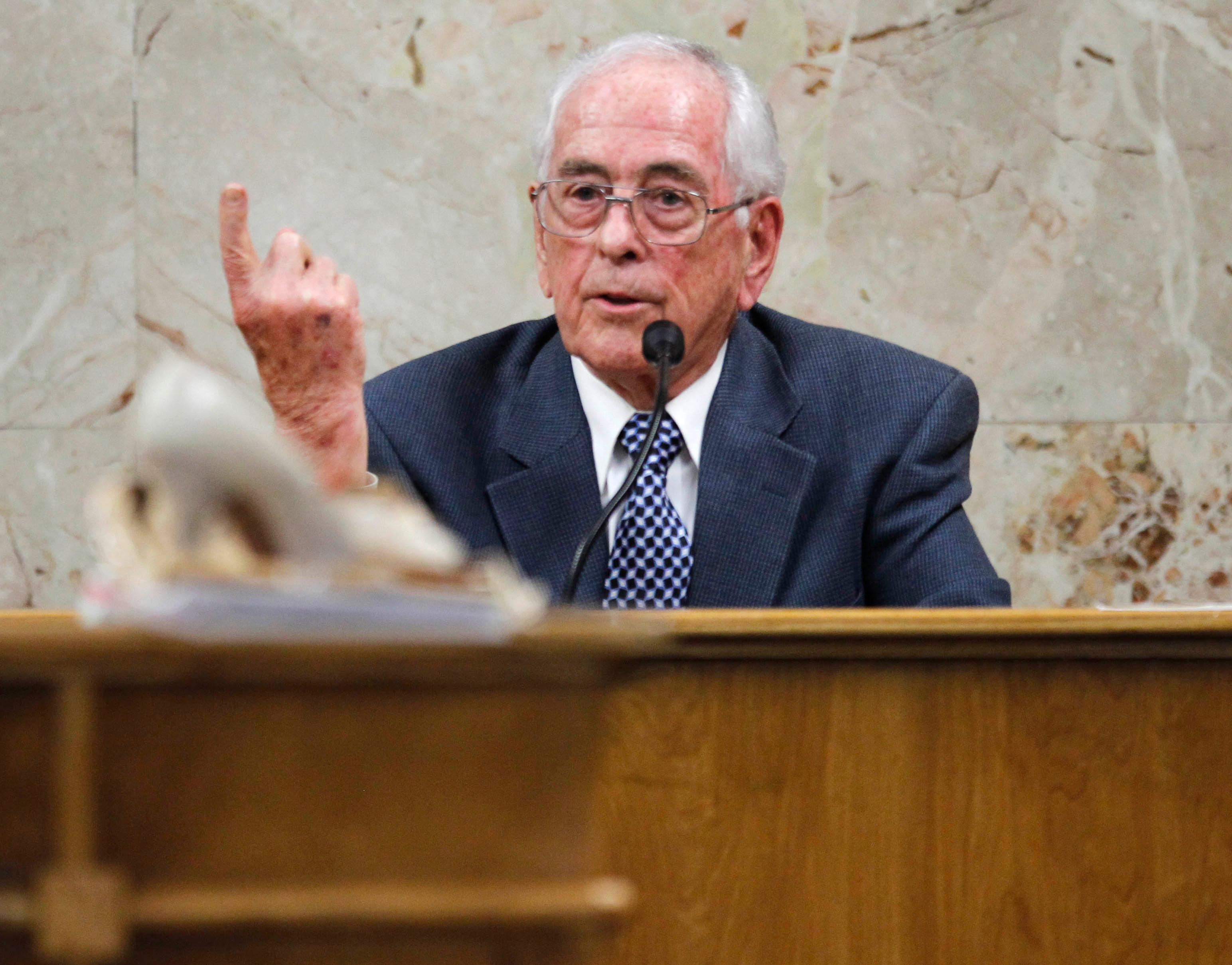 Dale Tacheny testifies in the 92nd state District Court during John Bernard Feit's trial for the 1960 murder of Irene Garza Monday, December, 4, 2017, at the Hidalgo County Courthouse in Edinburg. Tacheny testified that Feit confessed to him in 1963 while the two were in a monastery in Missouri.  (Nathan Lambrecht/The Monitor/Pool)