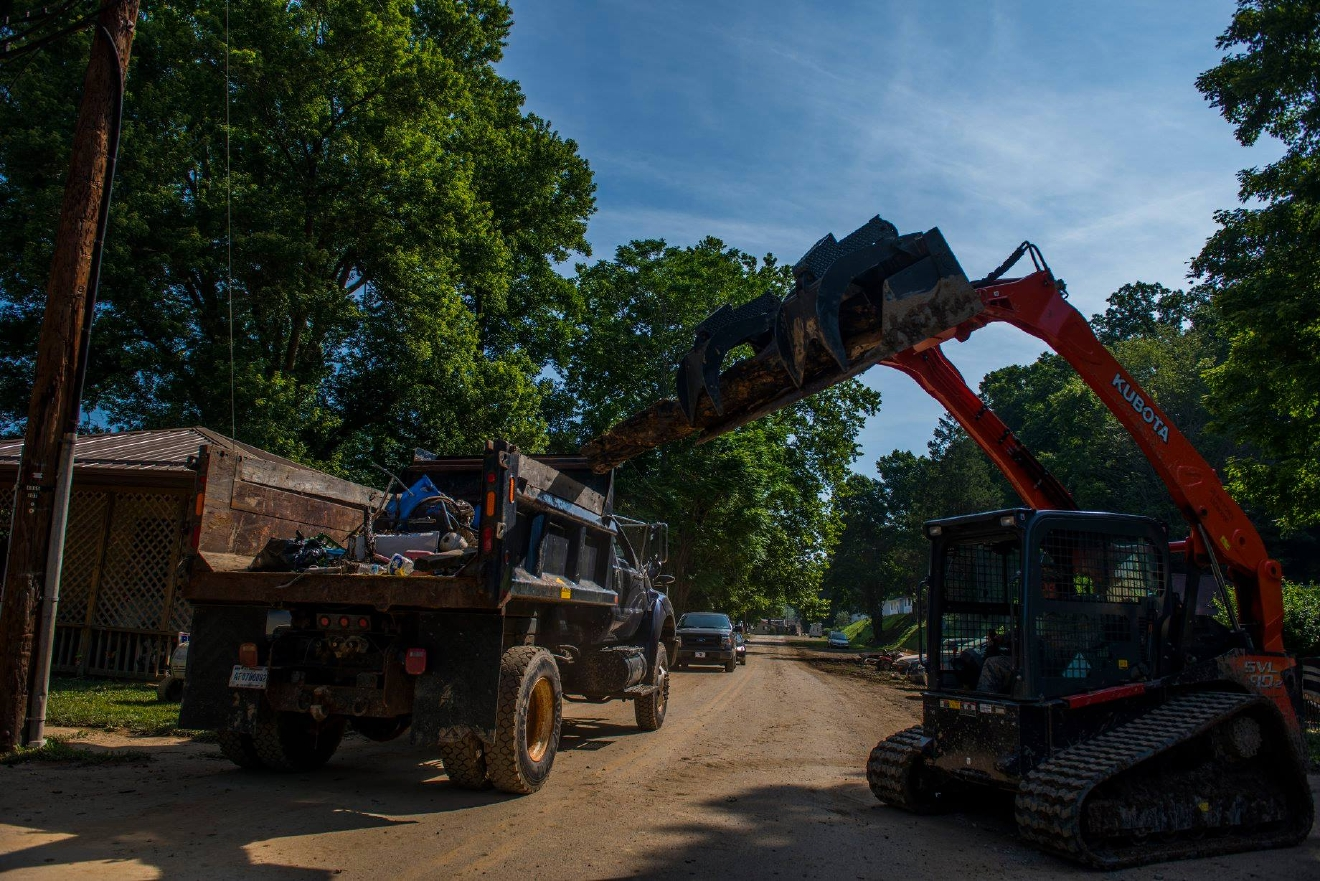 The National Guard uses heavy equipment to assist with flood recovery efforts in Clendenin. (West Virginia National Guard)