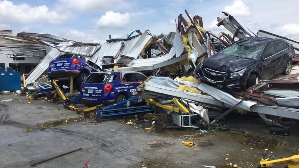 Chevy Dealer Jefferson City Mo >> Riley Chevrolet About 80 Percent Of Cars On The Lot Are Totaled