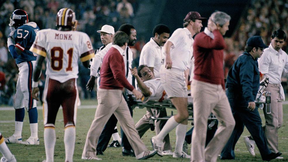 joe theismann breaks leg