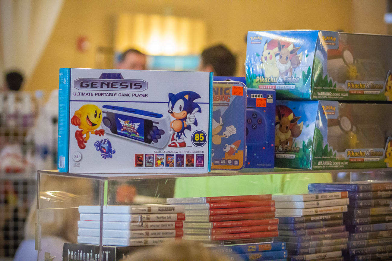 The CinciClassic Expo 2019 took place in the Highlander Event Center inside the Fort Thomas Antique Mall on Saturday, May 18. The kid and fan-friendly event celebrated all things video games with classic arcade and video games set up, gaming tournaments, a celebrity guest, and vendors selling rare devices, collectibles, games, merchandise, and handmade art pieces around every corner. Proceeds from the video game tournaments went towards the Dragonfly Foundation—an organization that supports pediatric cancer patients and their families through special events, programs, and emotional caregiving to ensure each child is reminded that they are still themselves. / Image: Katie Robinson, Cincinnati Refined // Published: 5.19.19