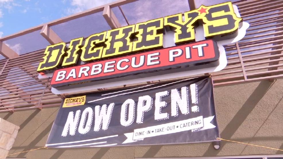 El paso native opens texas style barbecue restaurant kfox for Sun city motors el paso tx