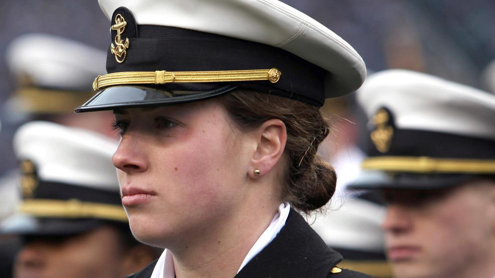 Us Navy Now Allows Women To Wear Ponytails Lock
