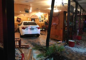 Port St. Lucie woman drives car into restaurant