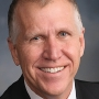 Sen. Thom Tillis of North Carolina collapses during DC race